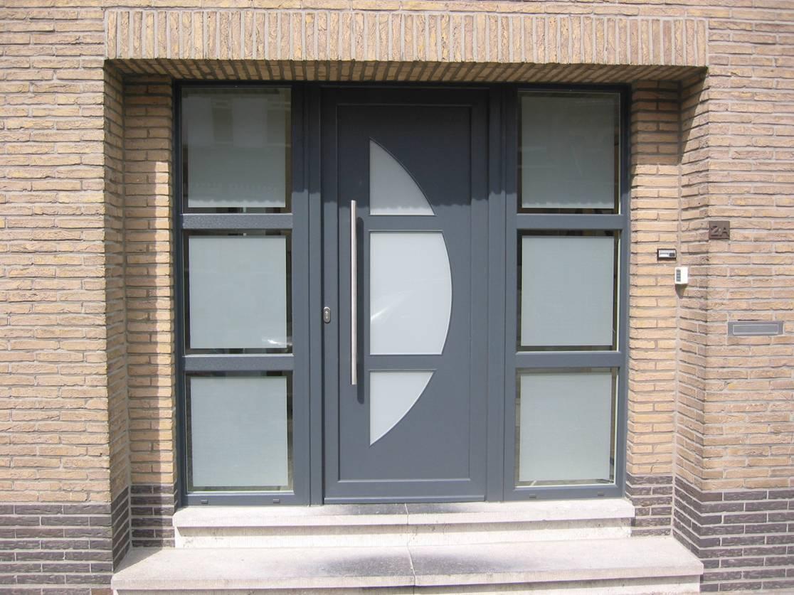 Porte d 39 entr e aluminum la rambolitaine - Isolant pour porte d entree ...