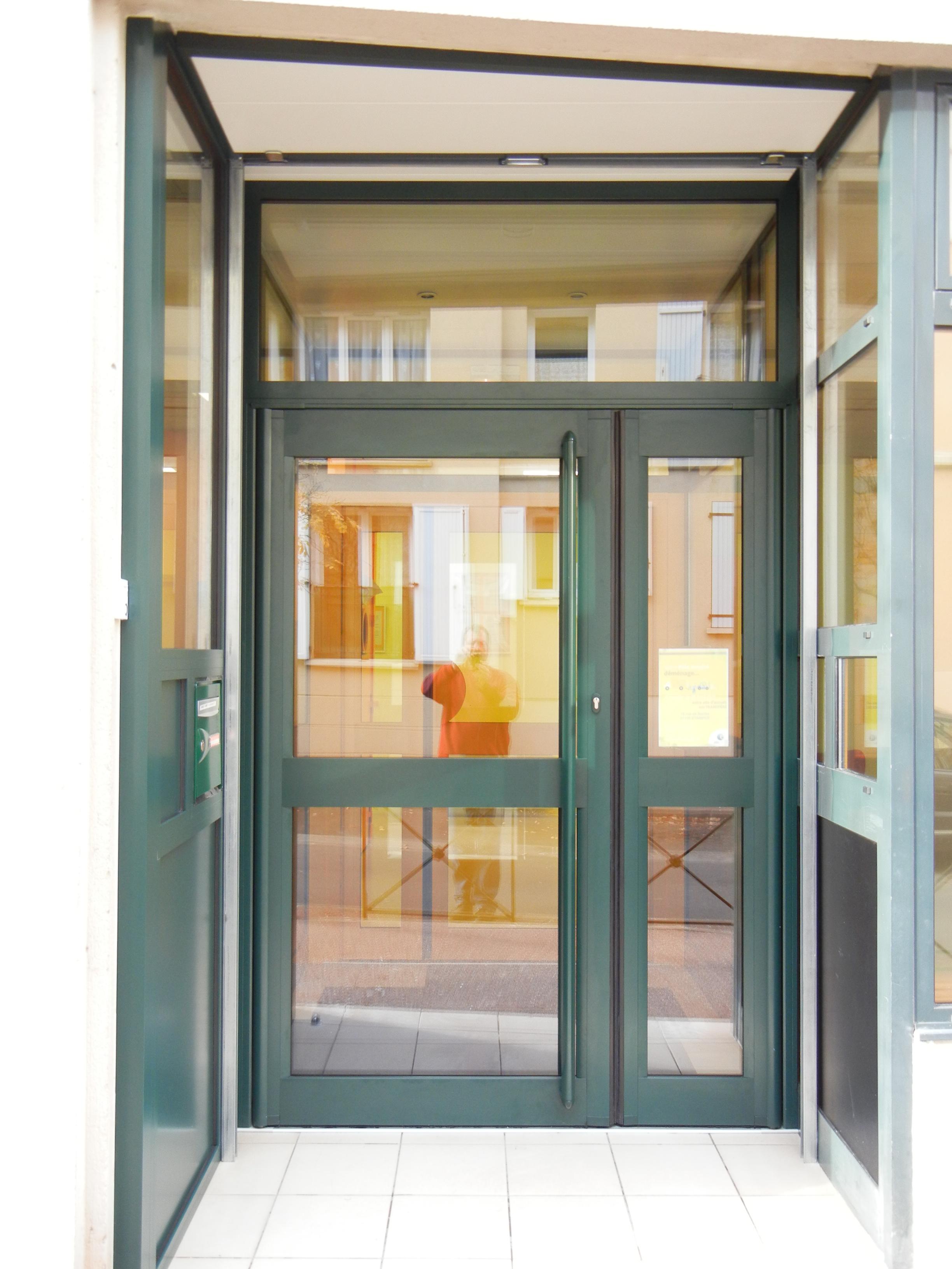 Porte aluminium grand traffic soleal 55 for Porte aluminium